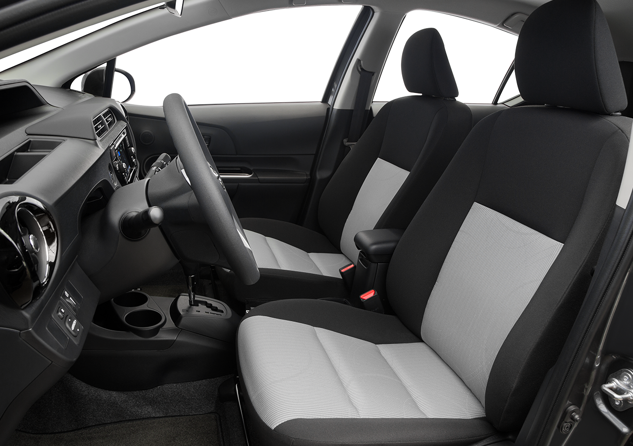 Research The 2016 Toyota Prius C in Madera