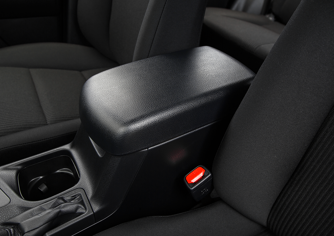 Interior view of the 2016 Toyota RAV4
